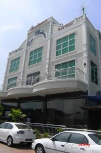 Pan Mutiara Building